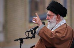 رهبر معظم انقلاب اسلامی در پیام به جوانان گروههای جهادی و بسیج سازندگی
